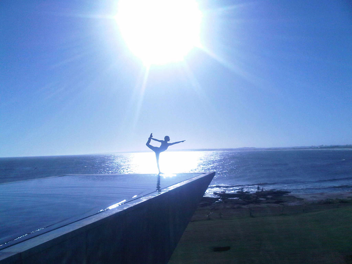 Playa Vik Jose Ignacio Yoga